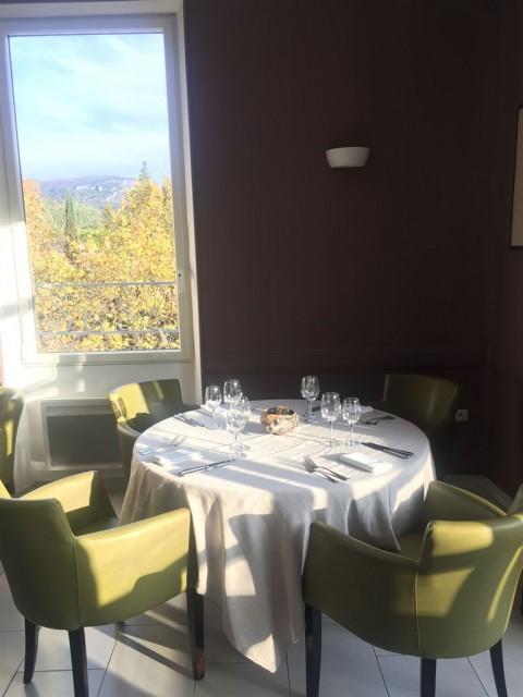 Vente Bar, Brasserie, Hôtel restaurant 2* d'environ 10 chambres avec spa et terrasse près de Montélimar (26200)