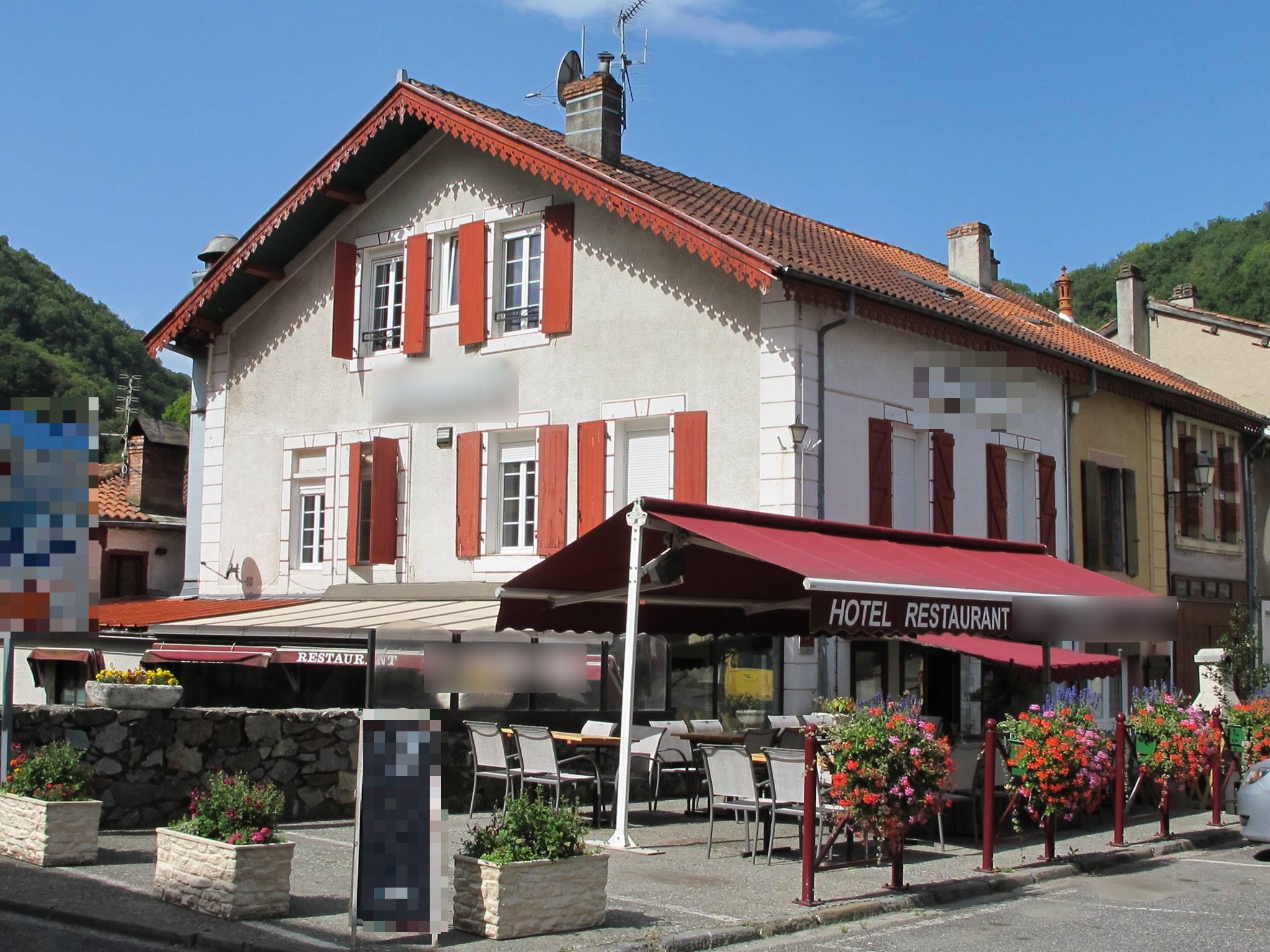 Vente Bar, Hôtel restaurant de 4 chambres avec parking et terrasse à Mauléon-Barousse dans une zone touristique, montagne (65370)