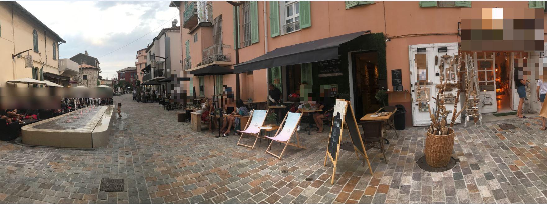 Vente Local commercial idéal pour toutes activités boutique ou un restaurant à Mandelieu-la-Napoule dans une zone piétonne touristique (06210)