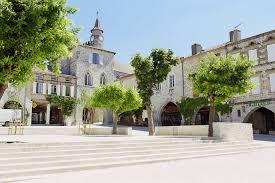 Vente Hôtel restaurant de 36 chambres à Monflanquin situé dans un des plus beaux village de France (47150)