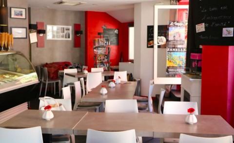 Vente Bar, Glacier, Restaurant, Salon de thé 35 couverts avec terrasse à Suze-la-Rousse sur un lieu de passage fréquenté dans l'hyper centre de la ville (26790)