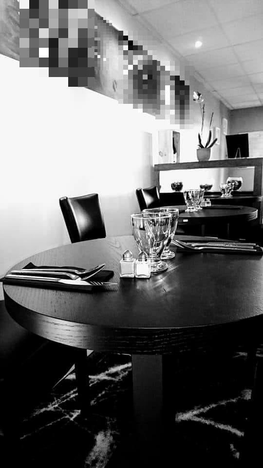 Vente Restaurant du midi 42 couverts avec terrasse à Saint-Mitre-les-Remparts dans une zone commerciale (13920)