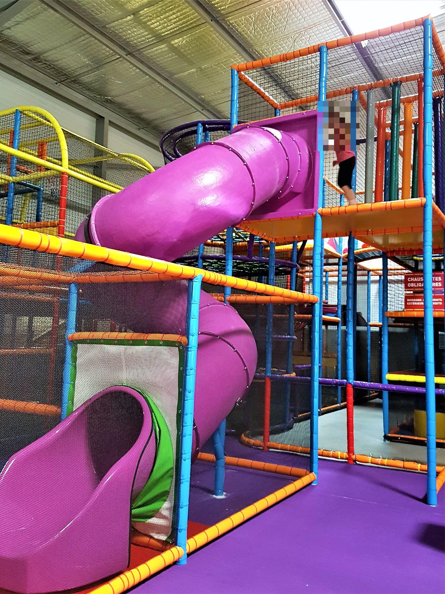 Vente Parc de jeux indoor pour enfants à Hyères dans une station balnéaire (83400)