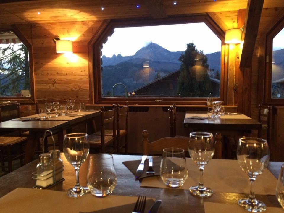 Vente Restaurant licence IV 70 couverts avec terrasse idéalement situé en cœur de village de l'Espace Diamant à Crest-Voland