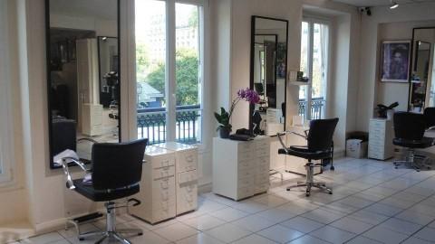 Vente Institut de beauté luxueux et rénové avec hammam, ... dans une galerie marchande à Lausanne