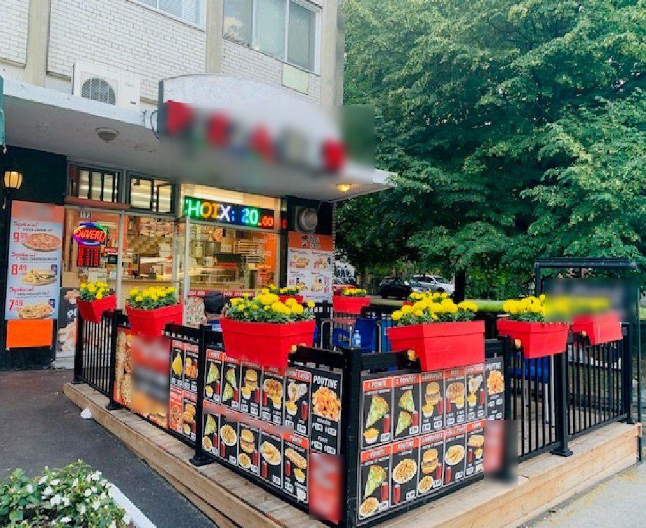 Vente Charmante pizzeria / snack avec terrasse à Montréal à proximité de l'Université du Québec