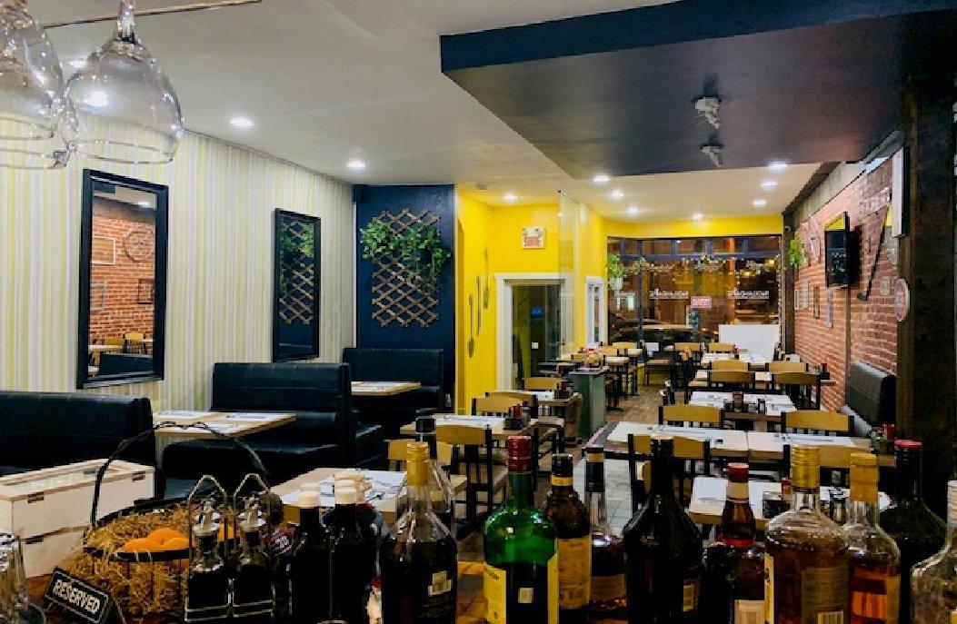 Vente Petit-déjeuner et Café convivial de 47 places avec permis d'alcool à Montréal