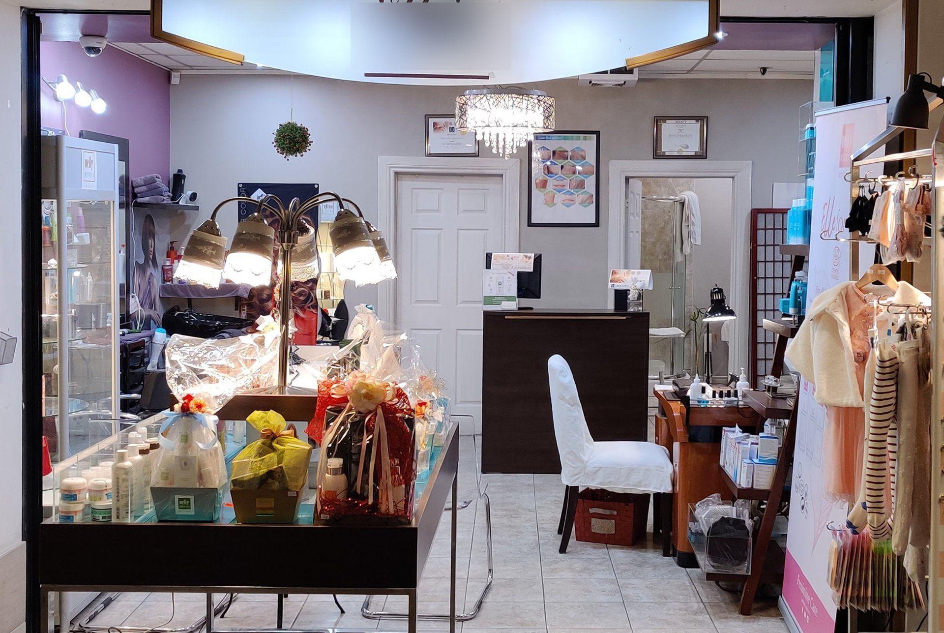 Vente Salon de beauté, spa spécialisé dans un grand hôtel en plein centre de Montréal