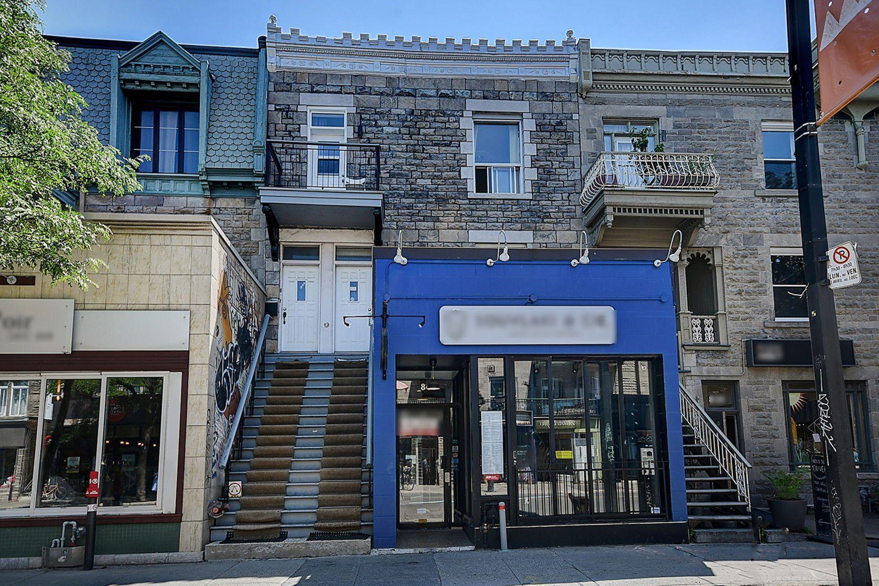 Vente Local commercial pour restaurant, café, bar à Montréal