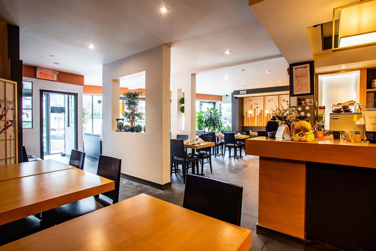 Vente Restaurant renommé de Sushi à Montréal dans le quartier de Cartierville