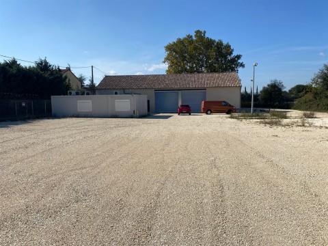 Vente Local d'activité / Entrepôt, 3904 m2 à Montélimar (26200)