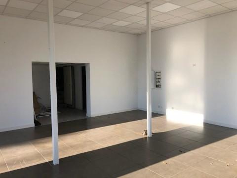 Vente Local commercial , 88 m2 à Gradignan (33170)