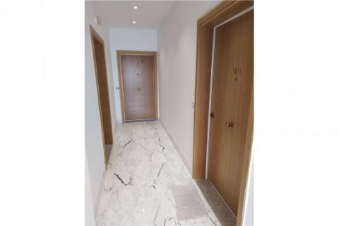 Vente Bureau au premier étage à usage administratif et médical, 71 m2, Ariana Ville à Menzah 6
