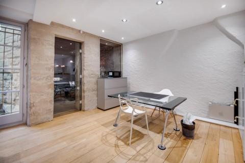 Vente Bureaux / Locaux professionnels, 120 m2 à Genève