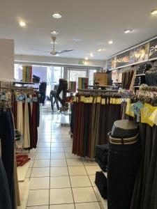Vente Local commercial possibilité Prêt-à-porter, 56 m2 à Saint-Chamond (42400)