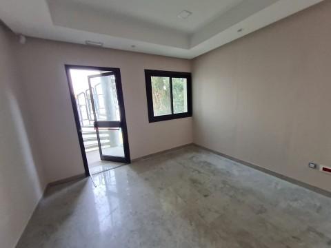 Vente Bureaux / Locaux professionnels, 190 m2 près de Tunis