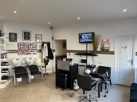 Vente Salon de coiffure, 45 m2 à Longjumeau dans une zone fréquentée (91160)