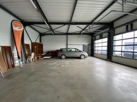 Vente Local d'activité / Entrepôt, 264 m2 à Pacé (35740)