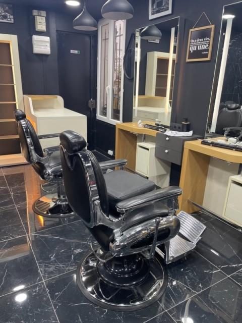 Vente Local commercial possibilité Salon de coiffure, Manucure, 30 m2 Paris (75010), en plein centre ville