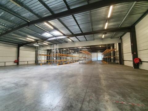 Vente Local d'activité / Entrepôt, 2000 m2 à Le Haillan (33185)