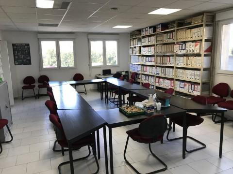 Vente Bureaux / Locaux professionnels, 205 m2 à L'Isle-sur-la-Sorgue (84800)