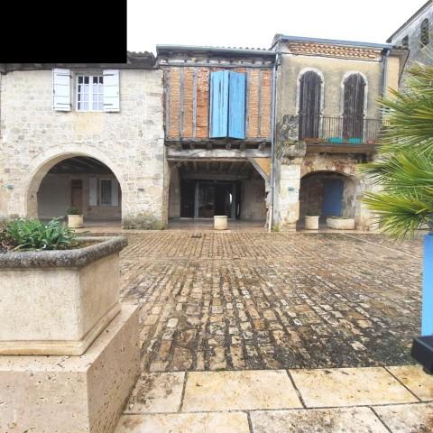Vente Immeuble, 210 m2 à Valence (82400)