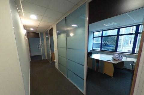 Vente Bureaux / Locaux professionnels, 161 m2 à Tassin-la-Demi-Lune (69160)