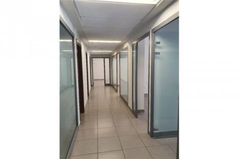 Vente Bureau de haut standing, 255 m2 à Tunis au Lac 2