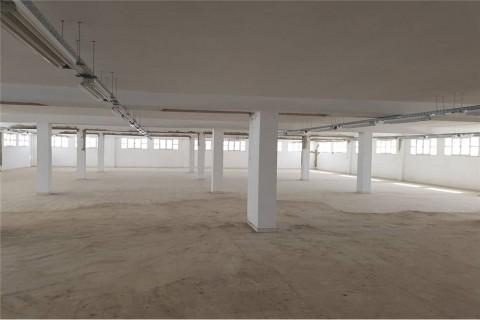 Vente Open Space de 1200 m2 à Charguia 2