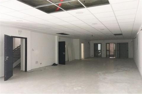 Vente Immeuble de bureaux, 700 m2 à Tunis Centre Ville