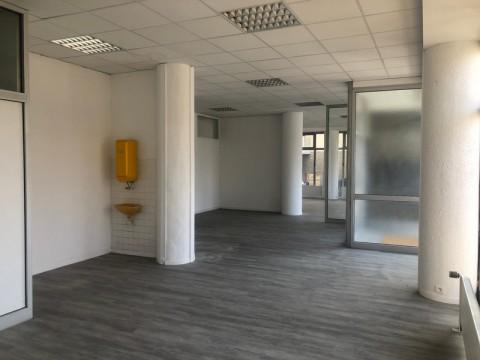 Vente Local commercial , 125 m2 à Chambéry (73000)