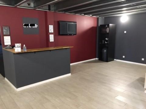 Vente Local commercial actuellement Club de sport, 480 m2 à Marines (95640)