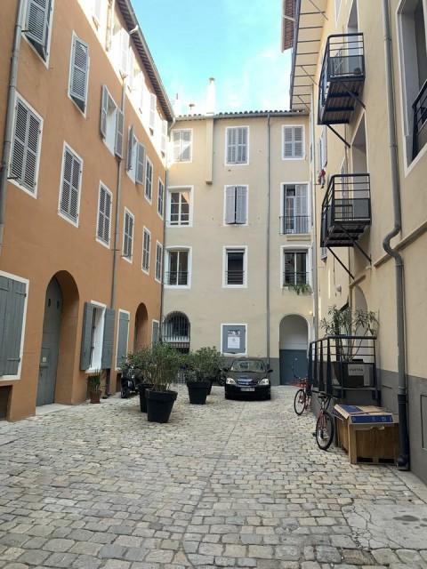 Vente Bureaux / Locaux professionnels, 145 m2 à Marseille 2ème (13002)