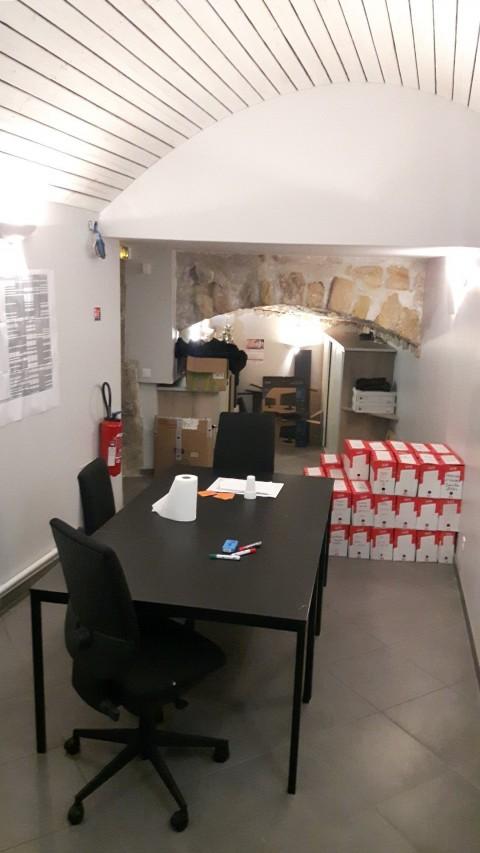 Vente Local commercial toutes activités sauf restauration  , 116 m2 à Pontoise (95300)