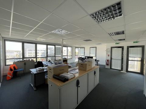 Vente Bureaux / Locaux professionnels, 495 m2 à Saint-Grégoire (35760)