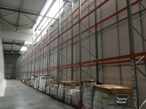 Vente Local d'activité / Entrepôt, 1550 m2 à Blanquefort (33290)