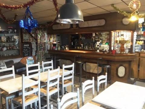 Vente Local commercial Bar, Sandwicherie / Snack à Fougères (35300)