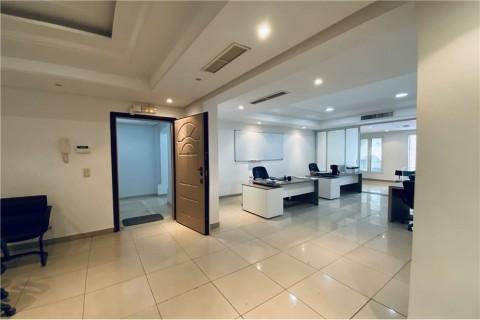 Vente Bureau H+3 de 105 m², Ariana Ville à Ennasr 1