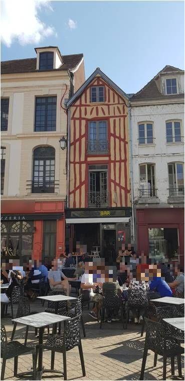 Vente Café, bar, glacier dans l' Yonne sur un emplacement N°1 (89)