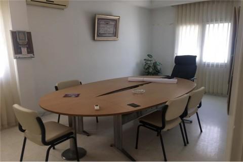 Vente Bureau H+4, 124 m2 aux berges du Lac 1 en Tunisie
