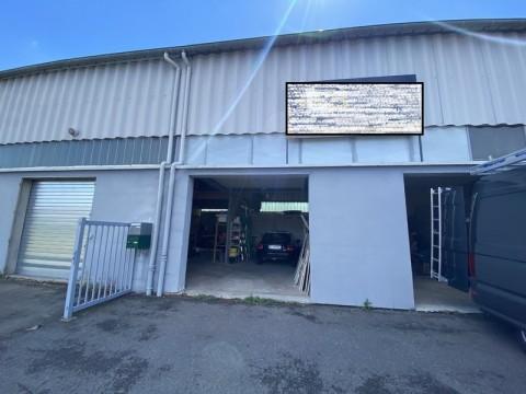 Vente Local d'activité / Entrepôt, 148 m2 à Villars (42390)