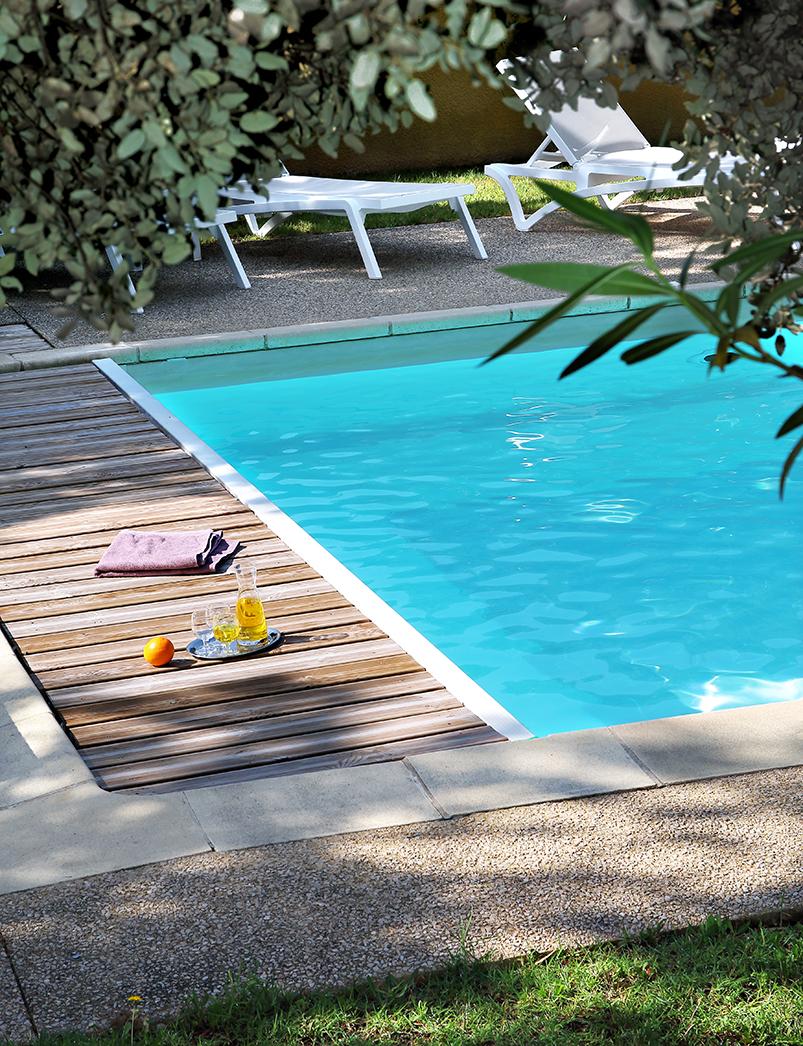 Vente Hôtellerie - clientèle touristique l'été et affaires l'hiver - restauration près de Saint-Paul-Trois-Châteaux dans une zone touristique (26130)