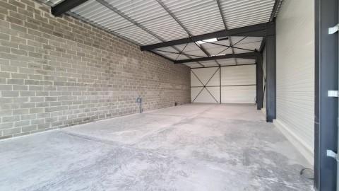 Vente Local d'activité / Entrepôt, 250 m2 à Saint-Martin-de-Fontenay (14320)