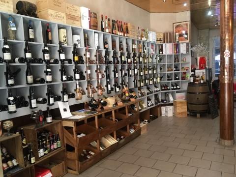 Vente Bar, Vin et spiritueux licence IV 25 places avec terrasse à Nice (06000)