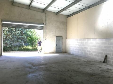 Vente Local commercial Local d'activité / Entrepôt, 90 m2 à Aubagne (13400)