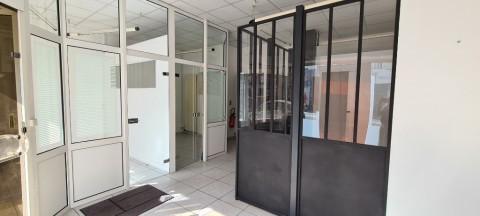 Vente Local commercial Bureaux / Locaux professionnels, 72 m2 près de Caen (14000)