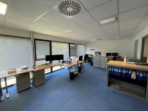 Vente Bureaux / Locaux professionnels, 280 m2 à Bruz (35170)