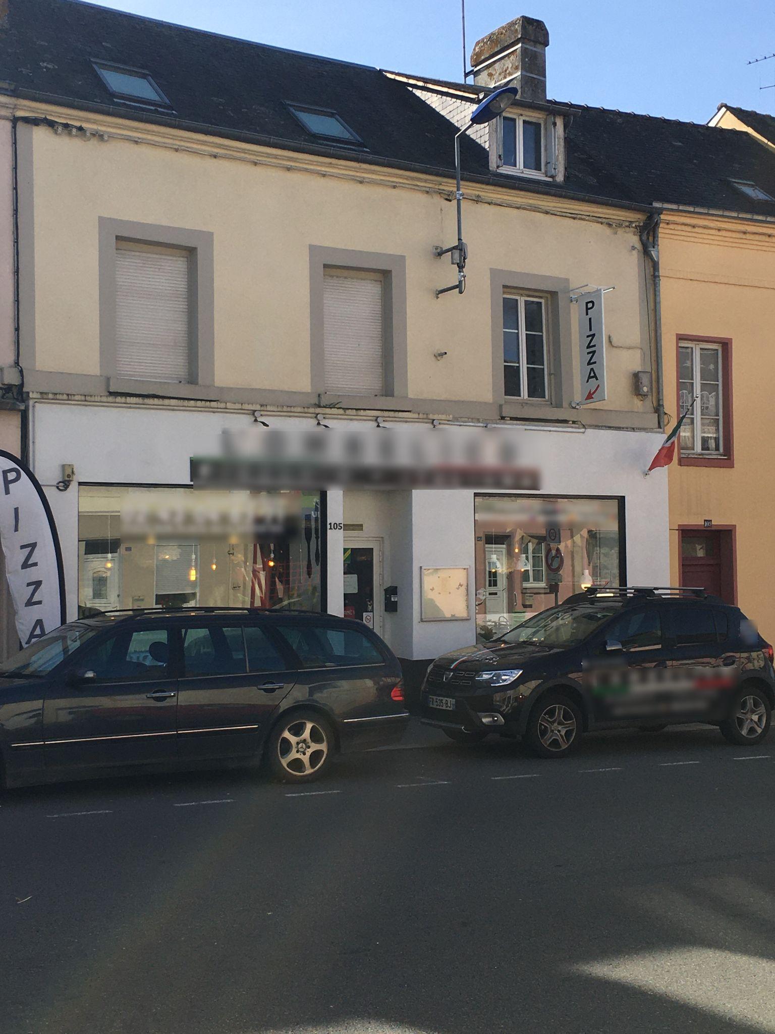 Vente Belle pizzéria idéale pour une première installation en Mayenne sur un axe passant (53)