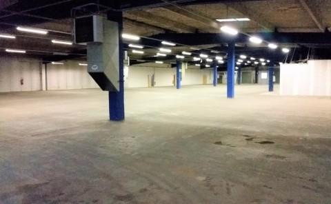 Vente Local d'activité / Entrepôt, 3400 m2 à Montélimar (26200)
