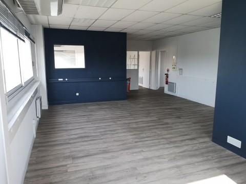 Vente Bureaux / Locaux professionnels, 159 m2 à Séné (56860)